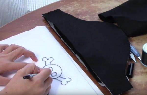 kawaii kaizoku019 e1534985896419 - 【無料型紙付き】ハロウィン 100均のフェルトで海賊の手作り衣装の作り方動画【男の子仮装】